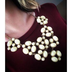 Cream bubble necklace
